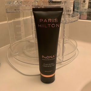 NWT Paris Hilton ProD.N.A cleansing gel